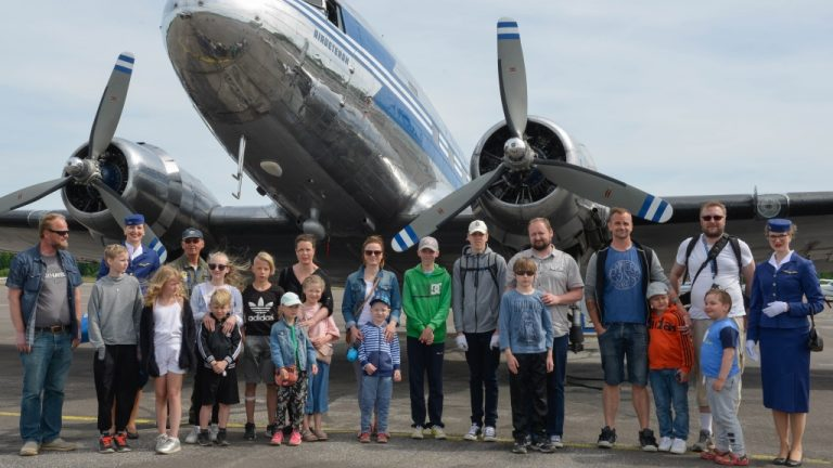 Lastenklinikoiden lapsipotilaat lennolle